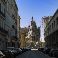 на улицах Марселя :: Сергей Собиневский