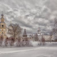 Спа́со-Прилу́цкий Димитриев монасты́рь :: Марина Назарова