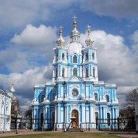 Смольный  в Санкт-Петербурге :: Вера (makivera)