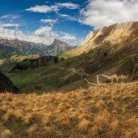 Среди Кавказских гор :: Альберт Беляев