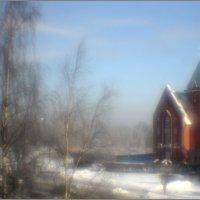 А из нашего окна церковь красная видна :: galina bronnikova