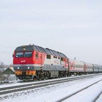 Пассажирский поезд Бийск-Барнаул под тепловозом ТЭП70БС-261 на станции Зональный :: Иван Зарубин