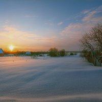 Зимний вечер в ... :: Александр Никитинский