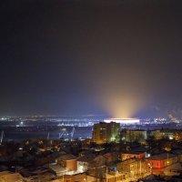 Свет над городом :: Леонид