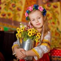 Маленькая русская красавица Иллоночка и широкая масленица :: Кристина Беляева