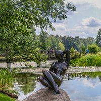 Девушка на камне :: Олег Баламатюк