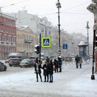 Метель в городе... :: Ирина Румянцева