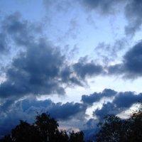 Грозовые облака :: Сергей Карачин
