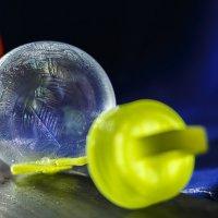 Пузырь. :: Андрей Леднев