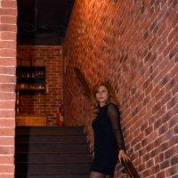 Девушка на лестнице :: ookami Алтуфьев С.Ю.