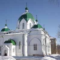 Зима в городе.Храм Сретенья Господня.Дата постройки 1868г.г.Рыбинск. :: нина