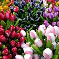 Деревянные тюльпаны :: Nata_li В.
