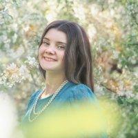 Весенний сад :: Olga Rosenberg