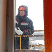 В окне 8-го этажа :: Валентина Пирогова