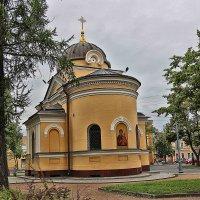 Храм-часовня в Андреевском сквере :: Nina Karyuk
