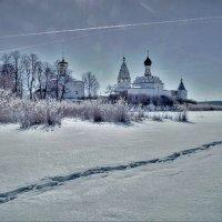 Есть такой монастырь на острове... :: alecs tyalin