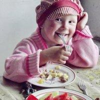 Кушать надо весело :: Светлана Рябова-Шатунова