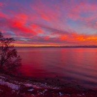 Закат над озером :: Анатолий Иргл