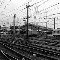 Поезда, дороги, вокзал :: Alexander Andronik