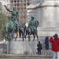 Гуляя по Мадриду... Дон Кихот и Санчо Панса. :: Николай Панов