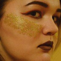 Fashion Golden Bright Make Up :: SvetikGrimes