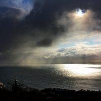 ...И сказал Бог: - Да соберется вода, которая под небом, в одно место! :: Константин Виниченко