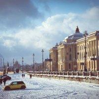 Университетская набережная :: Евгений Розыев