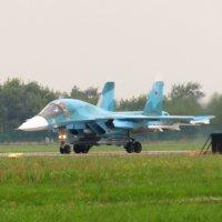 Су - 34 перед взлётом :: Андрей Снегерёв