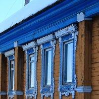 Пусть в наши окна смотрит мартовский вечер :: Татьяна Ломтева