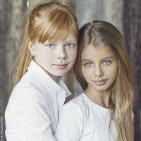 Полина и Кристина :: Дарья Наумович