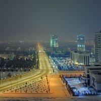 _Зимний вечер в городе. :: Григорий Карамянц