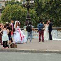 На набережных Парижа... :: Петр