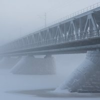 Мост в тумане :: Алексей Саломатов