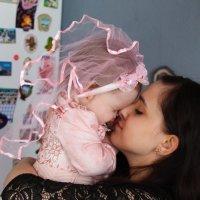 Невеста маленькая :: Виктория Невская