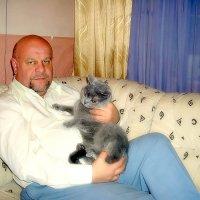 Портрет с котом. :: Михаил Столяров