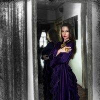 Бальзаковская Дама на моей фотовыставке :: Борис Соловьев