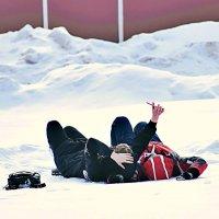 Пока снег не сошёл, надо успеть сделать селфи! :: Татьяна Помогалова