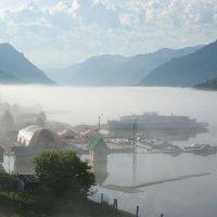Телецкое озеро. Утро. :: Валерий Михмель