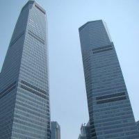 Высотки в г. Шанхай :: Вадим Голубев