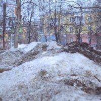 Горы уральские, горы апрельские. :: Михаил Полыгалов