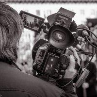 Коллега-видеооператор. :: Павел Лушниченко