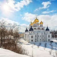 Собор и солнце :: Юлия Батурина