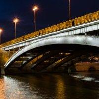 Большой каменный мост :: Максим