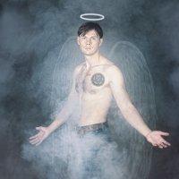 Angels and Demons :: Павел Пахоменков