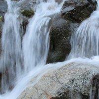Водопад :: Надежда Сукорская