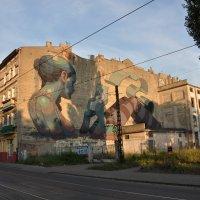 граффити на улице Поморстей :: Александр Матвеев