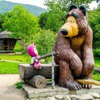 Маша и медведь :: Александр Морозов