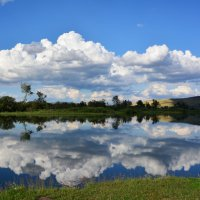Природное зеркало :: юрий Амосов