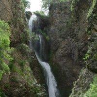 Водопад. Лето. :: Виктор Осипчук