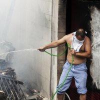 На пожаре :: Evgeny Kornienko